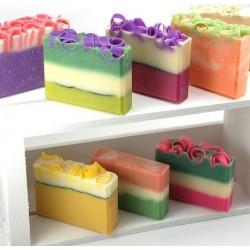 Przewodnik po rodzajach ręcznie wyrabianych mydeł
